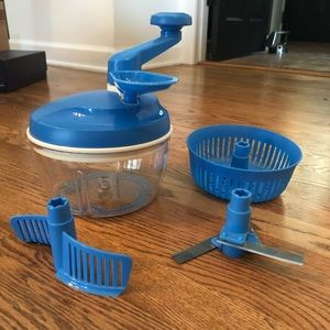 Tupperware Kitchen - Tupperware